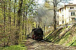 Lößnitzgrundbahn an der Kaisermühle